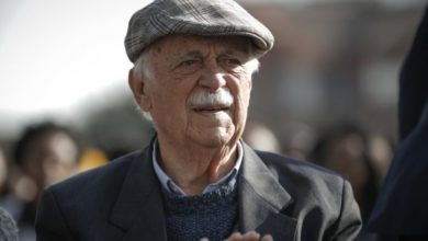 Photo of Morgan Tsvangirai's lawyer George Bizos dies