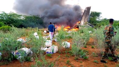 Photo of Kenyan plane crashes in Somalia